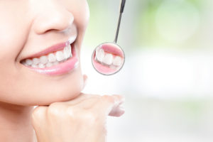 Experience Matters: 7 Tips to Help You Find a Top Cosmetic Dentist
